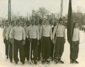 Одна из первых фотографий команды ЛДО, будущего СКА.