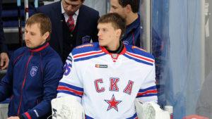 За основу в сезоне 16/17 Иванников провел всего один матч.